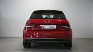 Foto 4 de Audi A1 Sportback 1.4 TDI Sportback Attraction 66 kW (90 CV)