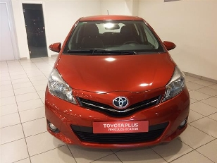 Foto 2 de Toyota Yaris 90D SPORT 66 kW (90 CV)