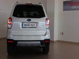 Foto 4 de Subaru Forester 2.0 TD Lineartronic Executive Plus 109 kW (148 CV)