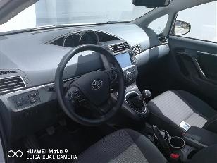 Foto 4 de Toyota Verso 115D Advance 82 kW (112 CV)