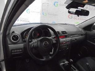 Foto 3 de Mazda Mazda 3 1.6 VVT Active 77kW (105CV)