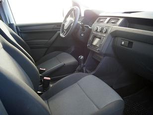 Foto 3 de Volkswagen Caddy Profesional Furgon 2.0 TDI  75 kW (102 CV)