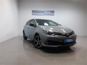 Toyota Auris 1.8 140H Hybrid Feel! 100 kW (136 CV)  de ocasion en Cáceres