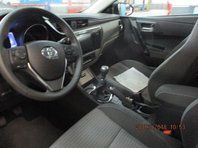 Foto 9 Toyota Auris 90D Feel! 66 kW (90 CV)