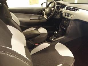 Foto 3 de Citroen DS3 PureTech 82 S&S ETG Design 60 kW (82 CV)