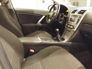 Foto 3 de Toyota Avensis 150D Advance Cross Sport 110 kW (150 CV)