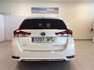 Foto 2 de Toyota Auris 140H Touring Sports Advance 100 kW (136 CV)