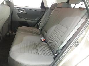 Foto 3 de Toyota Auris 120T Active 85 kW (116 CV)