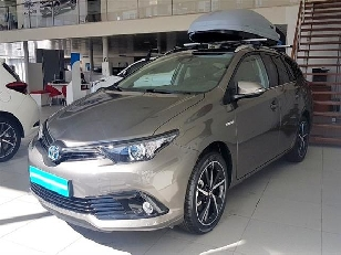 Foto Toyota Auris 140H Hybrid Touring Sports Feel! Edition 100 kW (136 CV)