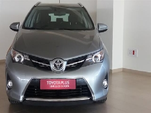Foto 2 de Toyota Auris 2.0 120D Touring Sports Active 91 kW (124 CV)