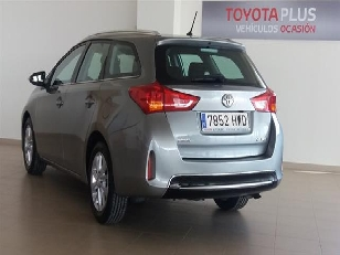 Foto 4 de Toyota Auris 2.0 120D Touring Sports Active 91 kW (124 CV)