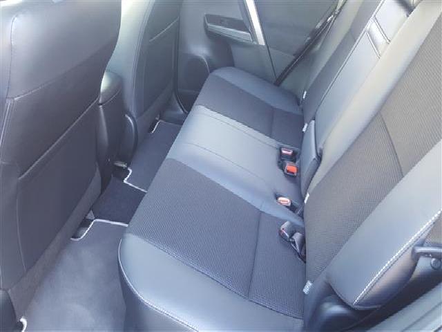 Foto 5 Toyota Rav4 2.5l hybrid 2WD Feel! 145 kW (197 CV)
