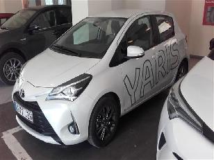 Foto 2 de Toyota Yaris 110 Active 82 kW (111 CV)