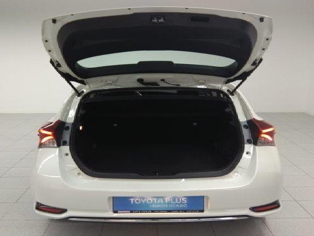 foto 7 del Toyota Auris 140H Hybrid Active 100 kW (136 CV)