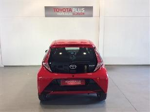 Foto 4 de Toyota Aygo 1.0 VVT-i x-play 51 kW (69 CV)