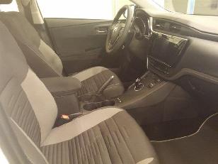 Foto 3 de Toyota Auris 140H Hybrid Active 100 kW (136 CV)