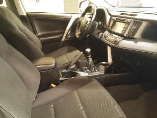 Foto 4 de Toyota Rav4 120D 4X2 Advance 91kW (124CV)