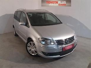 Foto 1 Volkswagen Touran 2.0 TDI Traveller DSG 103kW (140CV)