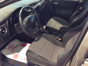 Foto 2 de Toyota Auris 140H Hybrid Feel! Edition 100 kW (136 CV)