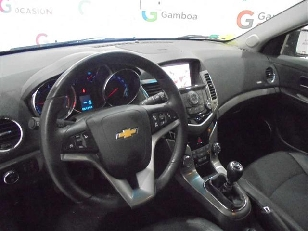 Foto 3 de Chevrolet Cruze SW 2.0 VCDi LTZ 120kW (163CV)