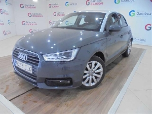 Audi A1 1.6 TDI Attraction 85 kW (116 CV)  de ocasion en Madrid