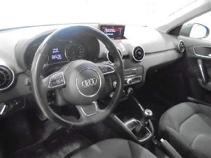 Foto 3 de Audi A1 1.6 TDI Attraction 85 kW (116 CV)