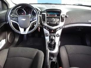 Foto 3 de Chevrolet Cruze 1.6 LT 91kW (124CV)