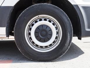 Foto 4 de Volkswagen Crafter 2.0 TDI Furgon 35 BM TA L3H3 103 kW (140 CV)