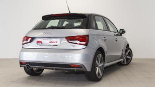 Foto 3 de Audi A1 Sportback 1.4 TDI Adrenalin 66 kW (90 CV)