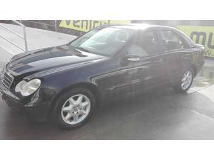 Foto 1 de Mercedes-Benz Clase C C 200 CDI AVANTGARDE 90 kW (122 CV)