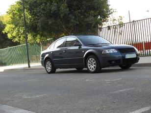 Foto 1 Volkswagen Passat 1.9 TDi Edition 96 kW (130 CV)