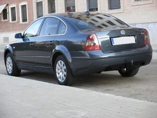 Foto 2 de Volkswagen Passat 1.9 TDi Edition 96 kW (130 CV)