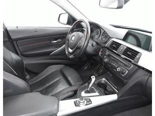 Foto 2 de BMW Serie 3 320d Touring 135kW (184CV)