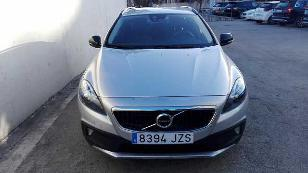 Foto 2 de Volvo V40 Cross Country D3 Momentum 110kW (150CV)