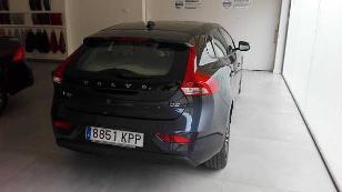 Foto 2 de Volvo V40 2.0 D2 Momentum 88 kW (120 CV)