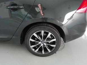 Foto 3 de Volvo V60 D3 Momentum Auto 110 kW (150 CV)