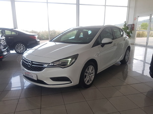 Foto 1 Opel Astra 1.6 CDTi Business + 81 kW (110 CV)