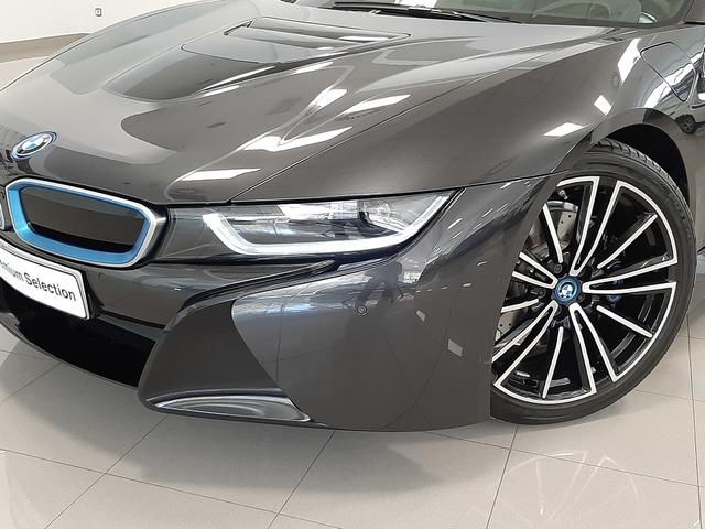 fotoG 5 del BMW i8 Coupe 275 kW (374 CV) 374cv Híbrido Electro/Gasolina del 2018 en Valencia