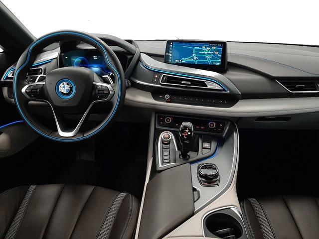 fotoG 6 del BMW i8 Coupe 275 kW (374 CV) 374cv Híbrido Electro/Gasolina del 2018 en Valencia