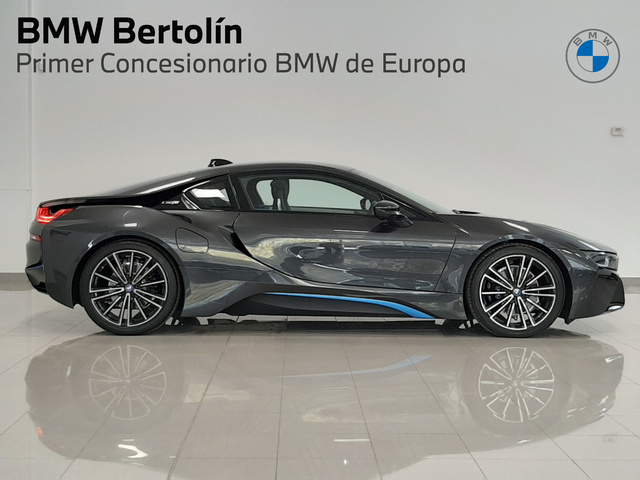 fotoG 10 del BMW i8 Coupe 275 kW (374 CV) 374cv Híbrido Electro/Gasolina del 2018 en Valencia