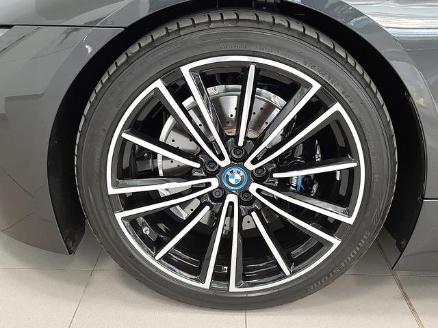 fotoG 11 del BMW i8 Coupe 275 kW (374 CV) 374cv Híbrido Electro/Gasolina del 2018 en Valencia