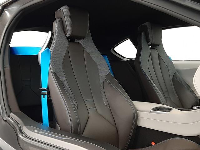 fotoG 17 del BMW i8 Coupe 275 kW (374 CV) 374cv Híbrido Electro/Gasolina del 2018 en Valencia