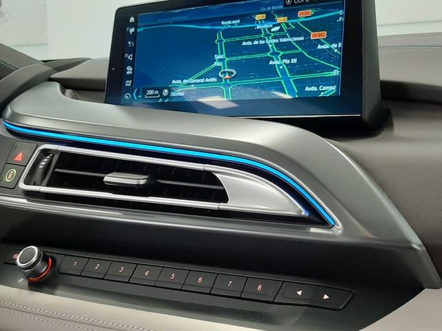 fotoG 26 del BMW i8 Coupe 275 kW (374 CV) 374cv Híbrido Electro/Gasolina del 2018 en Valencia