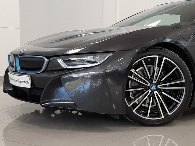 fotoG 44 del BMW i8 Coupe 275 kW (374 CV) 374cv Híbrido Electro/Gasolina del 2018 en Valencia