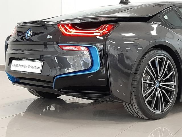 fotoG 45 del BMW i8 Coupe 275 kW (374 CV) 374cv Híbrido Electro/Gasolina del 2018 en Valencia