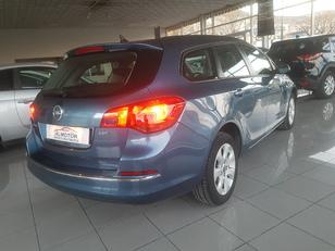 Foto 2 de Opel Astra 1.6 CDTI Sports Tourer S/S Business 81kW (110CV)