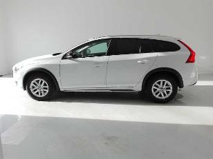 Foto 2 de Volvo V60 Cross Country 2.0 D3 Kinetic 110kW (150CV)