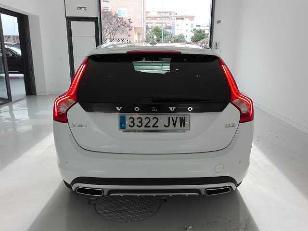 Foto 4 de Volvo V60 Cross Country 2.0 D3 Kinetic 110kW (150CV)
