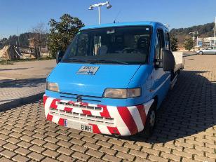 Foto 1 Grua Peugeot Boxer 2.5 TD 79 kW (107 CV)