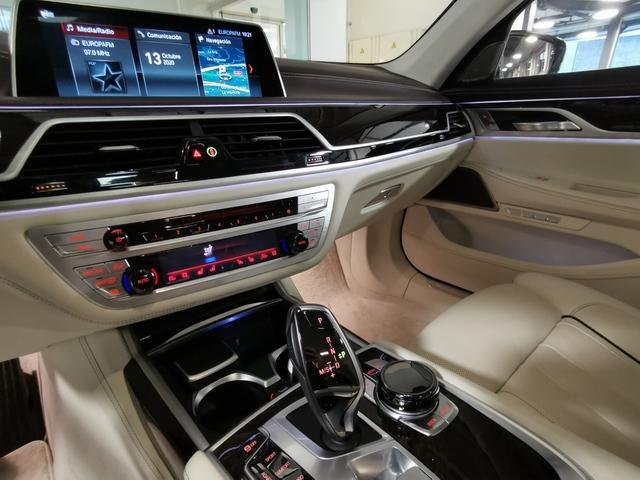 fotoG 18 del BMW Serie 7 740d xDrive 235 kW (320 CV) 320cv Diésel del 2018 en Asturias